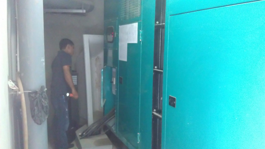 Thu mua máy phát điện